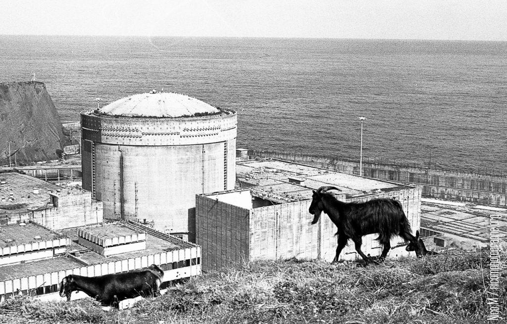 centrale nucleaire, road trip espagne 2016, argentique, Nico M Photographe-2