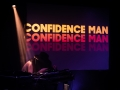 confidence man - Nico M Photographe